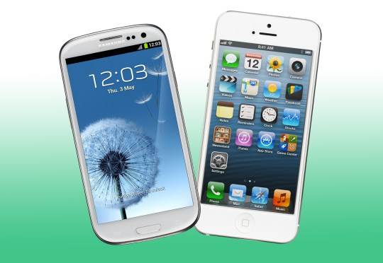An old Samsung phone and iPhone