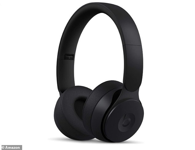 Immerse yourself totally in music with the noise cancelling feature and enjoy a super quick charging time (just ten minutes charge will give you three hours playback time)