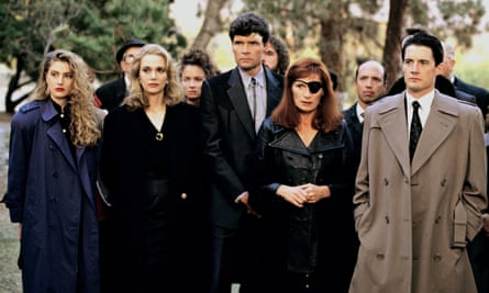 Kyle MacLachlan, far right, and other cast members of David Lynch's Twin Peaks.