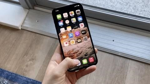 How to Make Your iPhone 12 Pro Max Feel Less Huge When Using It with One Hand