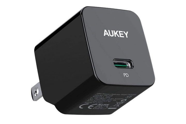 AUKEY Minima 18W iPhone Fast Charger