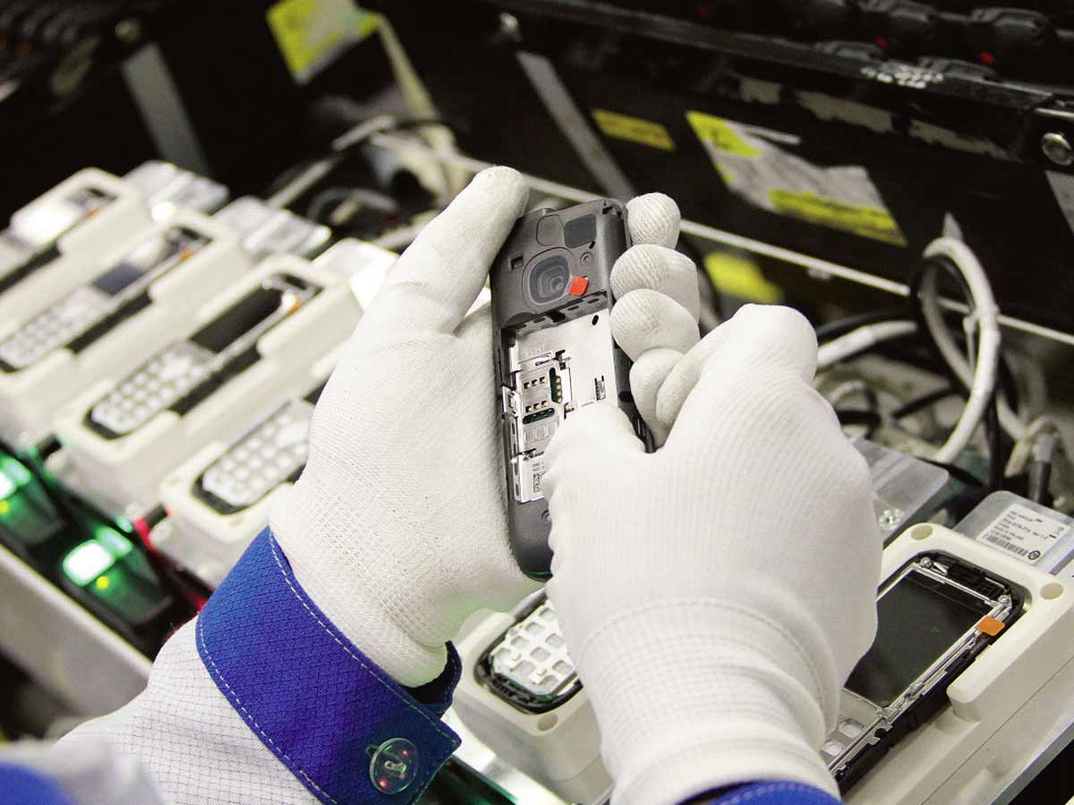 Global smartphone production jumped 20% QoQ to 336 million units in Q3: TrendForce