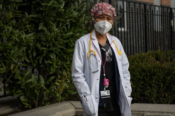 """Belinda Ellis, an emergency room nurse in Queens. """"I've worked in Iraq in the height of the war,"""" she said. """"This was worse."""""""