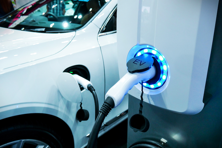 This Electric Car Battery Can Charge in Just Five Minutes