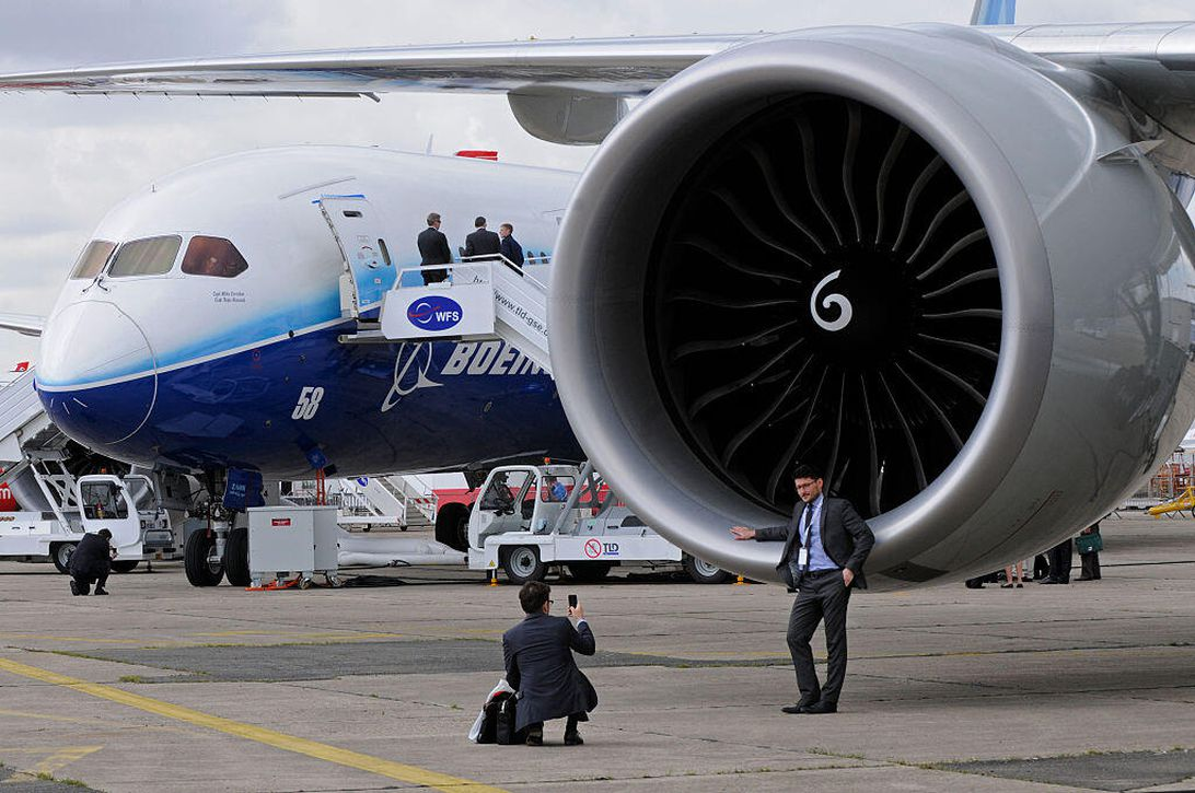 An engine on a Boeing 777-200LR.