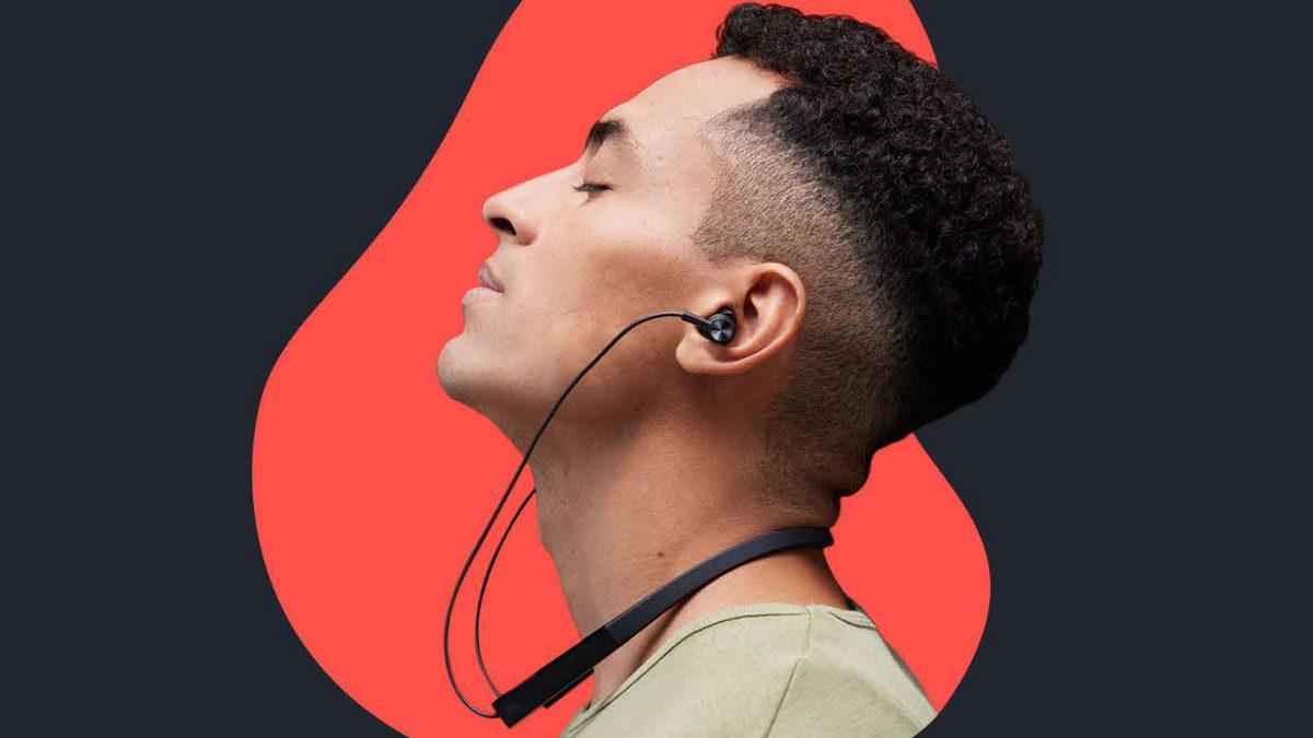 Xiaomi Mi Neckband Earphones Pro supplied