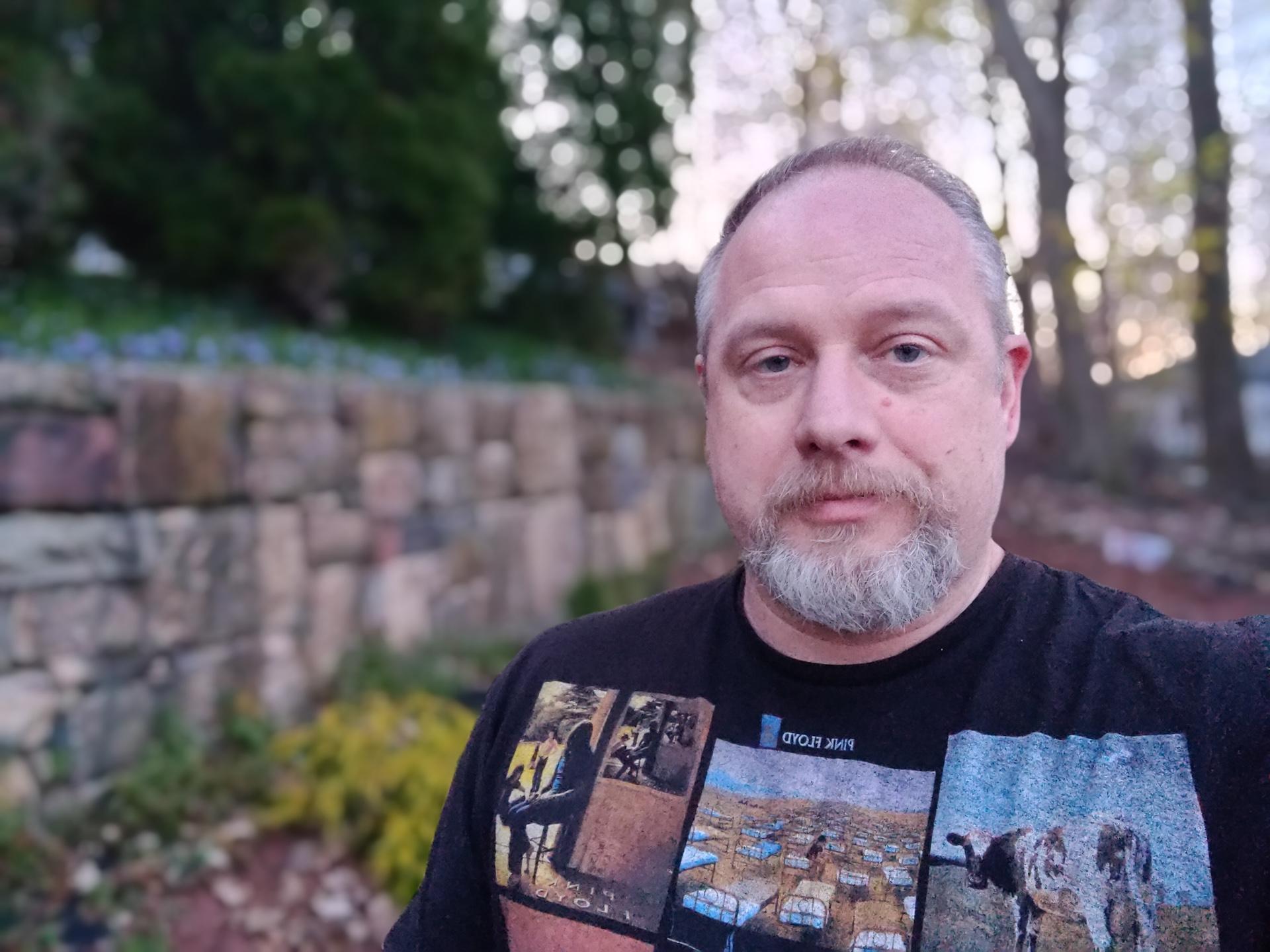OnePlus 9 Pro photo sample self portrait