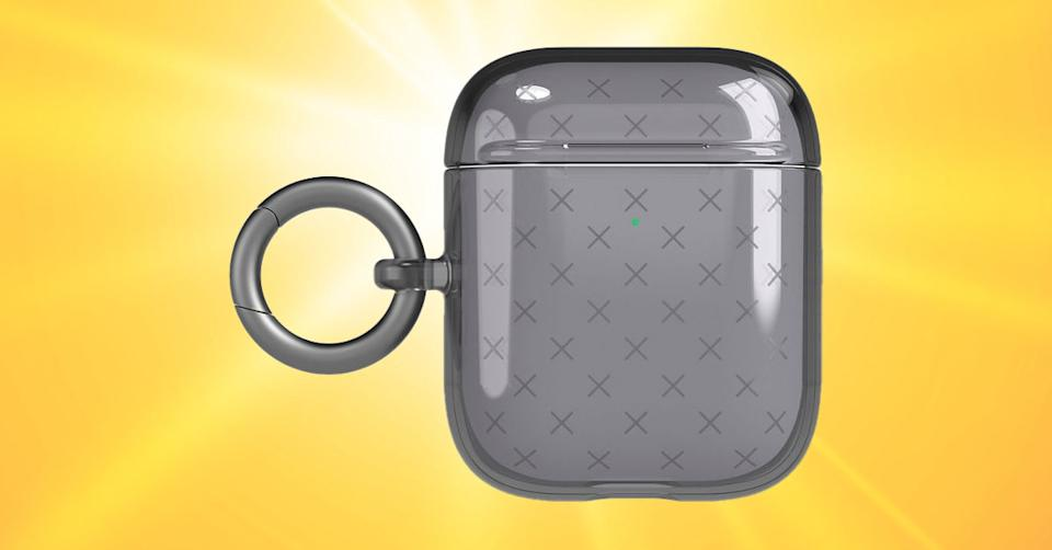 Tech21 Evo Check Case for Apple AirPods Gen 2/1 (Photo: Verizon Wireless/Getty)