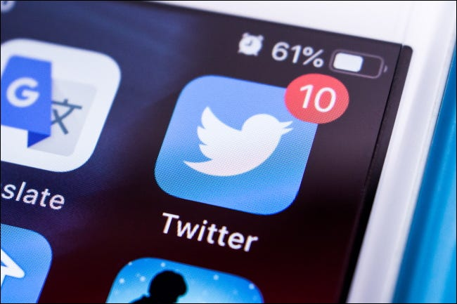 A notification badge on the Twitter app icon on an iPhone home screen.