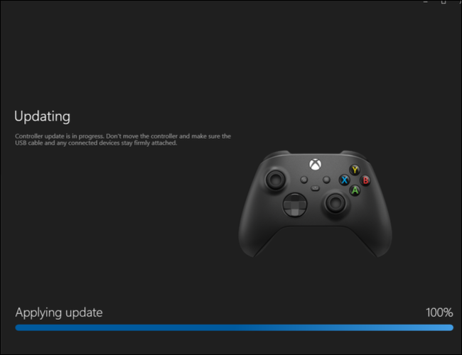 Downloading a software update for the Xbox Wireless Controller using the Xbox Accessories app on PC