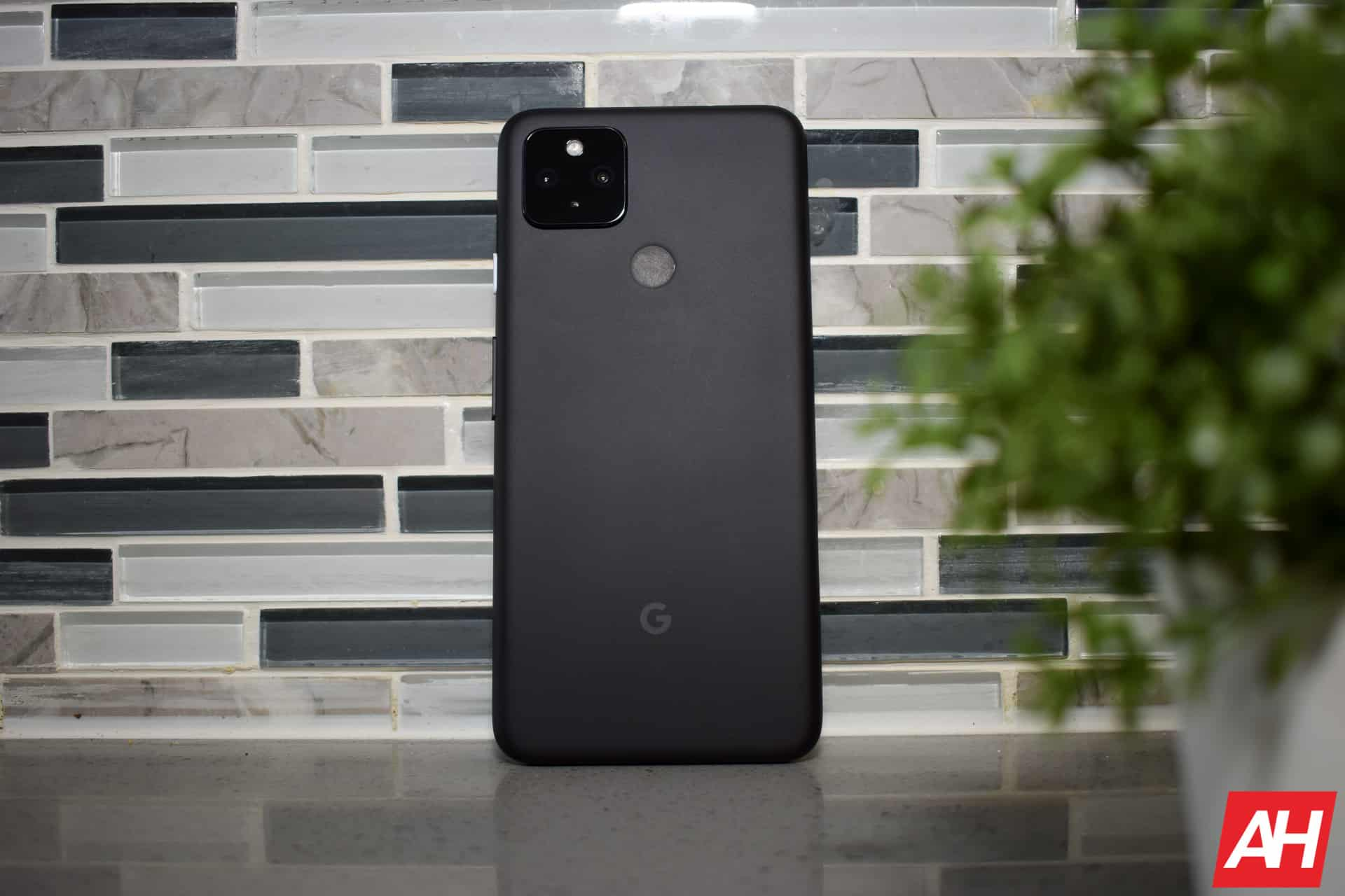 Google Pixel 4a 5G 2 AM AH 14