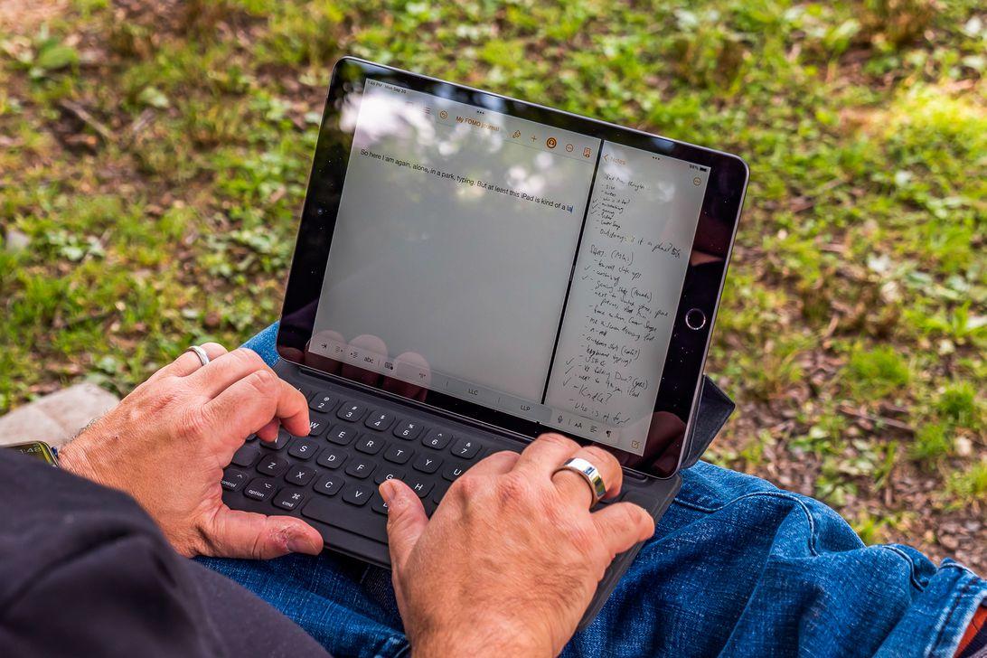 iPad Mini and 9th Gen iPad