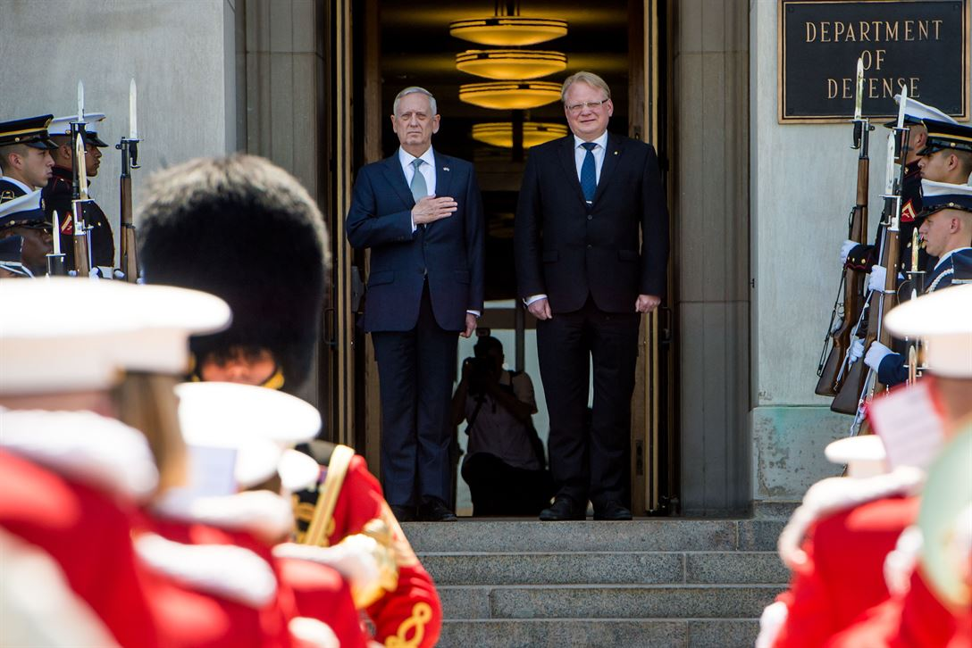 Defense Secretary Jim Mattis stands with Swedish Defense Minister  Peter Hultqvist during an honor cordon at the Pentagon, May 18, 2017.  The leaders met to discuss matters of mutual concern. DoD photo by Army Sgt. Amber I. Smith