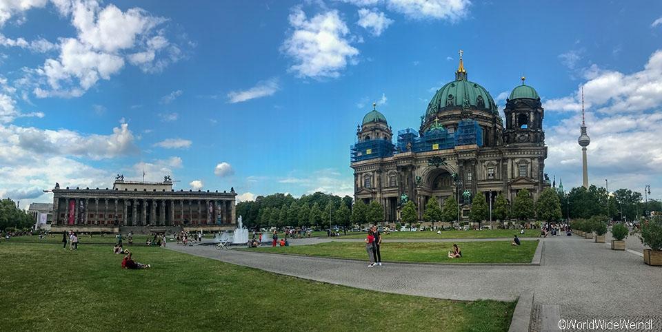 Berlin 139_Berliner Dom, Lustgarten und das Alte Museum