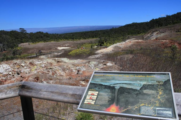 Big Island 540- Volcanos National park Sulpur Banks