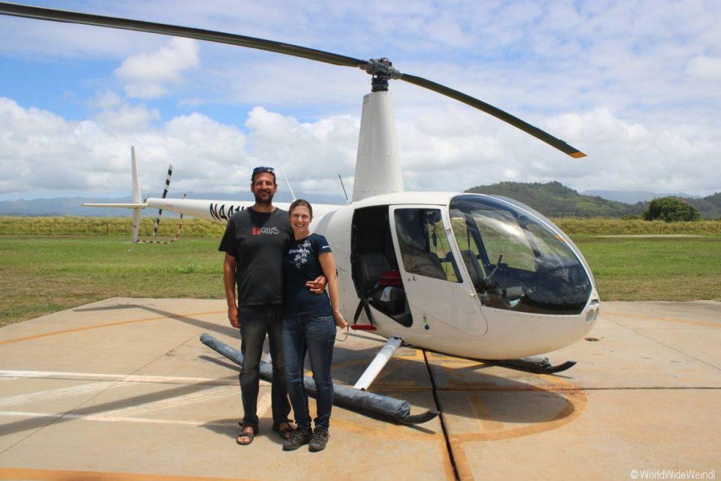 Kauai 2055- Mauna Loa Helicopter Tours