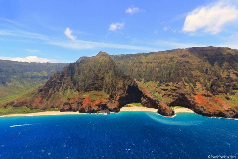 Kauai 2855- Mauna Loa Helicopter Tours , Napali Coast