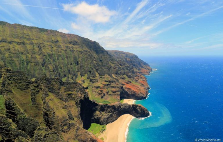 Kauai 2955- Mauna Loa Helicopter Tours , Napali Coast