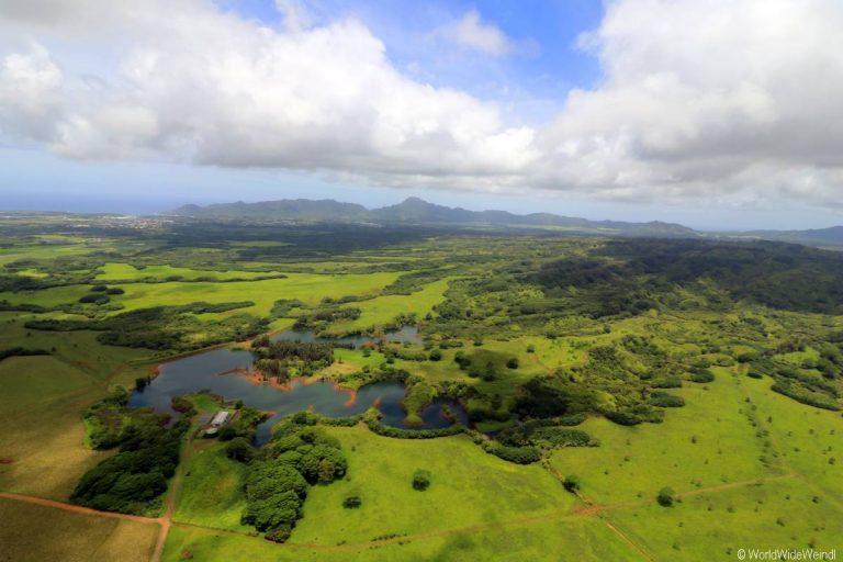 Kauai 3205- Mauna Loa Helicopter Tours
