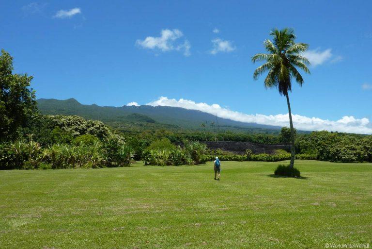 Maui 395, Road To Hana, Kahanu Garden