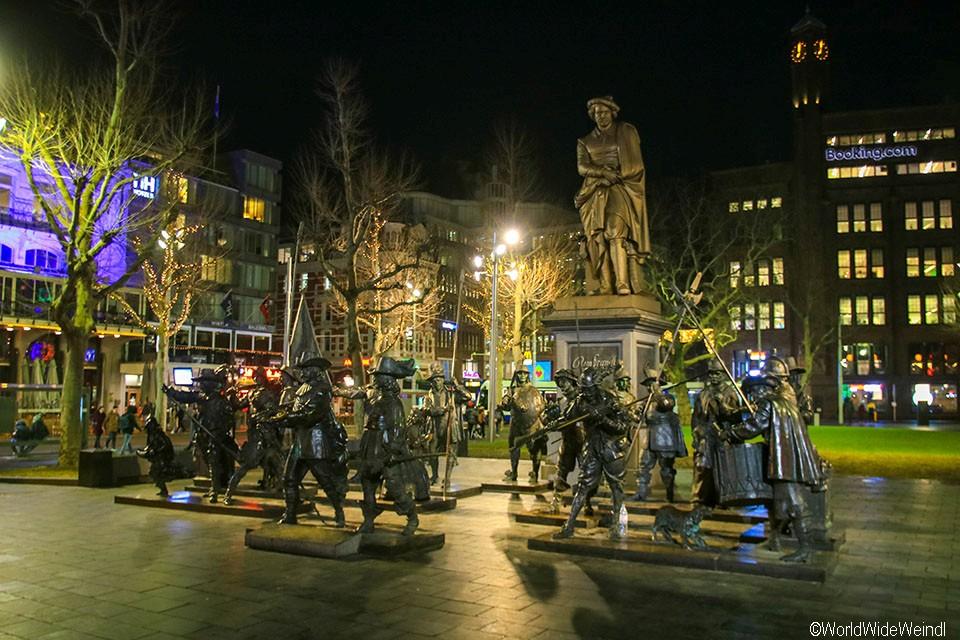 Niederlande, Amsterdam 37-Rembrandplein.jpg