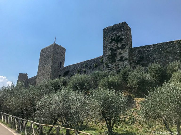 Toskana201-Monteriggioni
