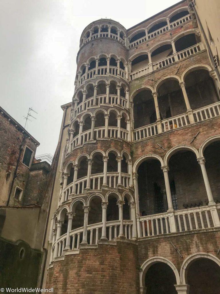 Venedig_Venezia-117_Scala del Bovolo