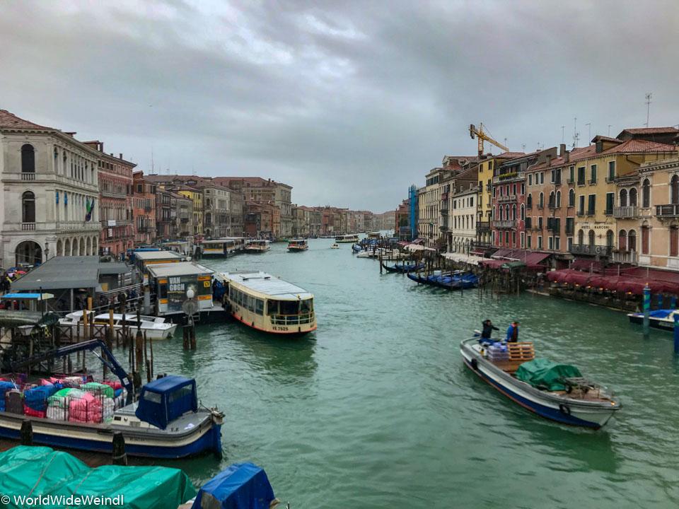 Venedig_Venezia-16_Canale Grande von der Rialto Brücke
