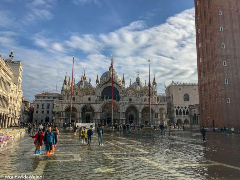 Venedig_Venezia-23g_Markusplatz (La Piazza die San Marco) zu Acqua Alta