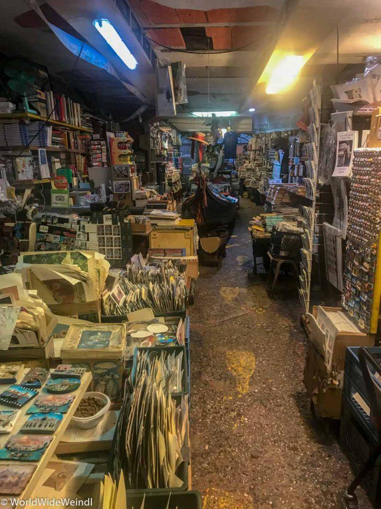 Venedig_Venezia-83_Libreria Aqua Alta