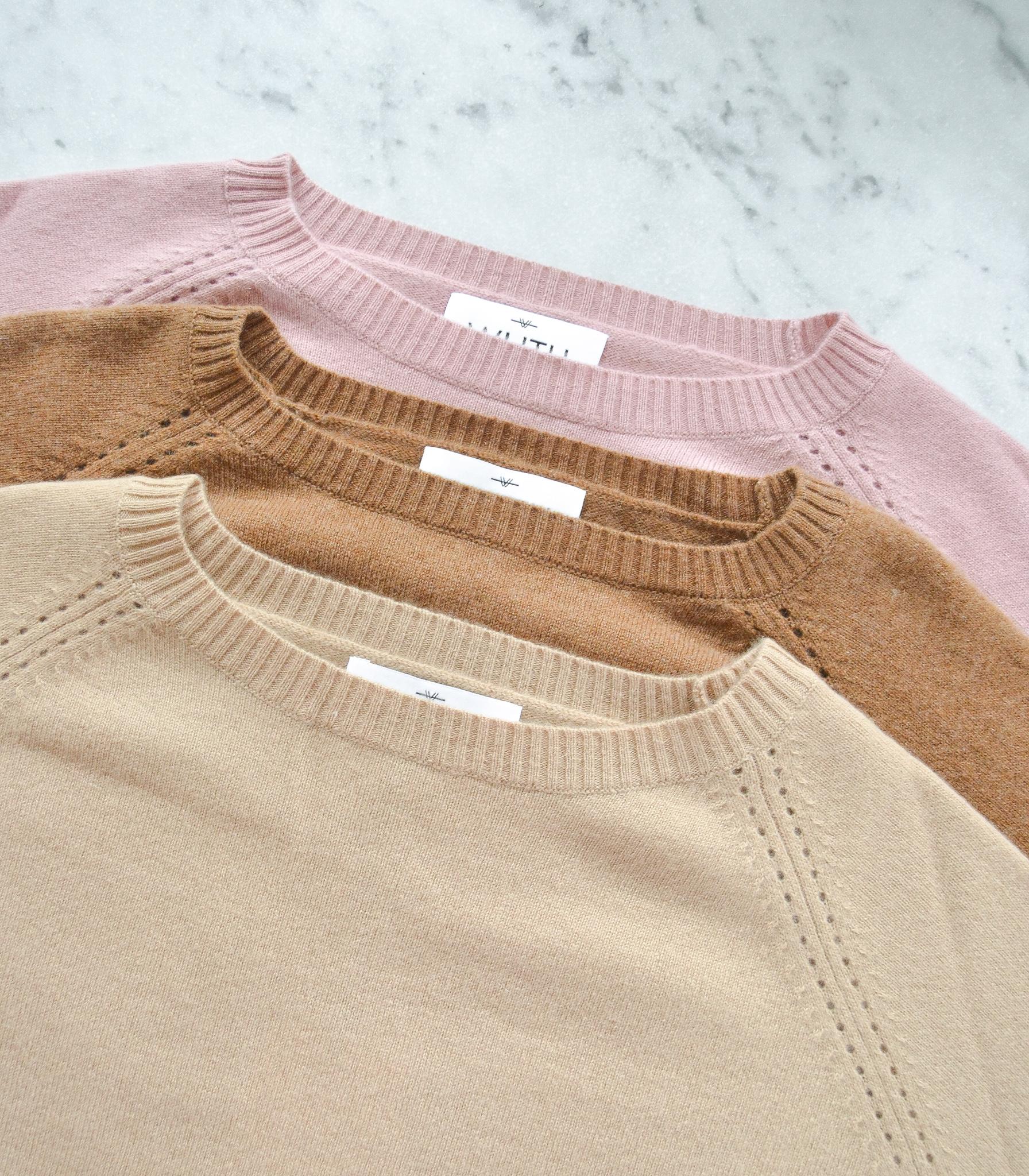 Pearl Pullover i 100% premium cashmere fra det danske brand Wuth Cashmere. Blødeste cashmere bluse i en cool pink farve.