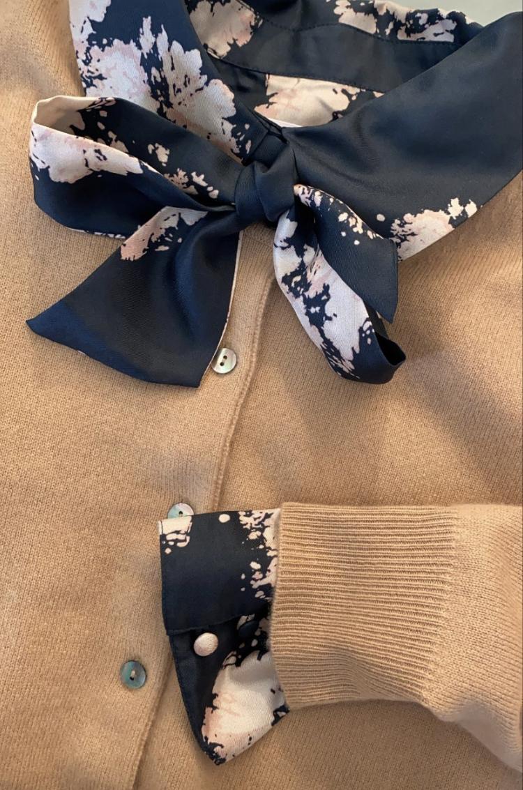 Klassisk cardigan i 100% premium cashmere fra dansk Wuth Copenhagen