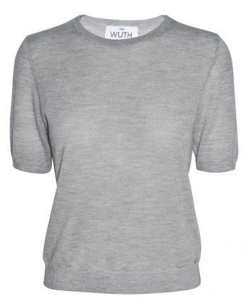 Vores 100% cashmere t-shirt i en flot lysegrå farve.
