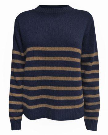 Marine stribet cashmere bluse fra Wuth Copenhagen i en flot navy farve, og hazel.