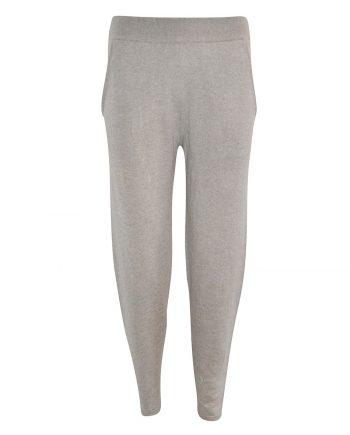 Paula pants er vores nyeste cashmere bukser til kvinder. 100% premium cashmere fra Wuth Copenhagen, som er bløde og behagelige.