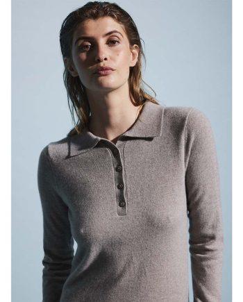 Polo cashmere sweater til kvinder fra Wuth Copenhagen.
