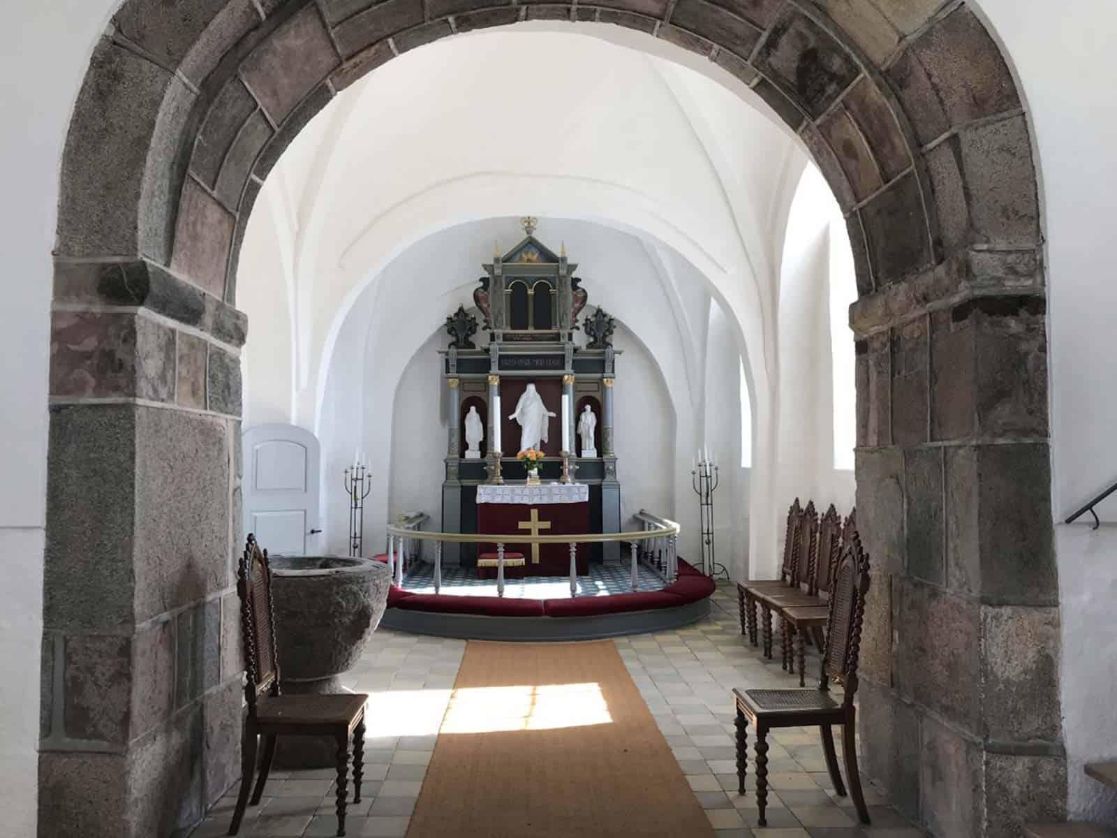 Bøstrup Kirke altertavle