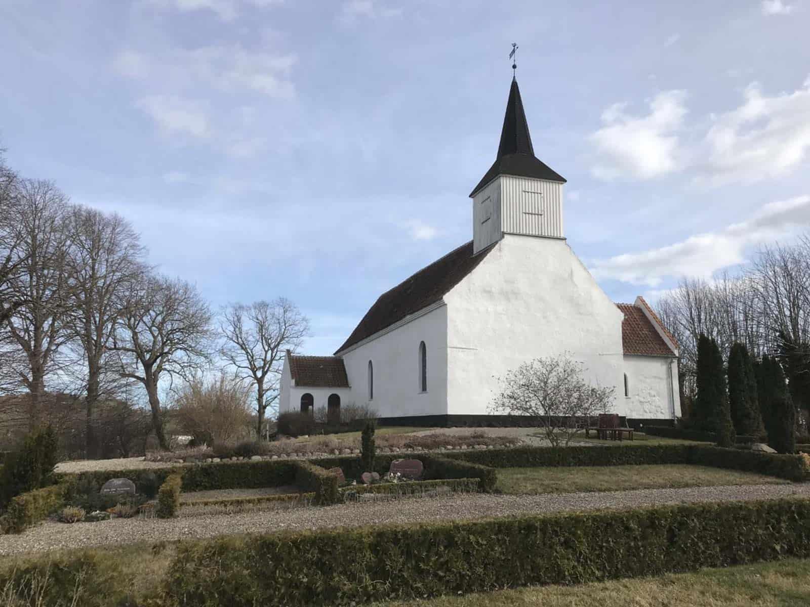 Fuglsbølle Kirke