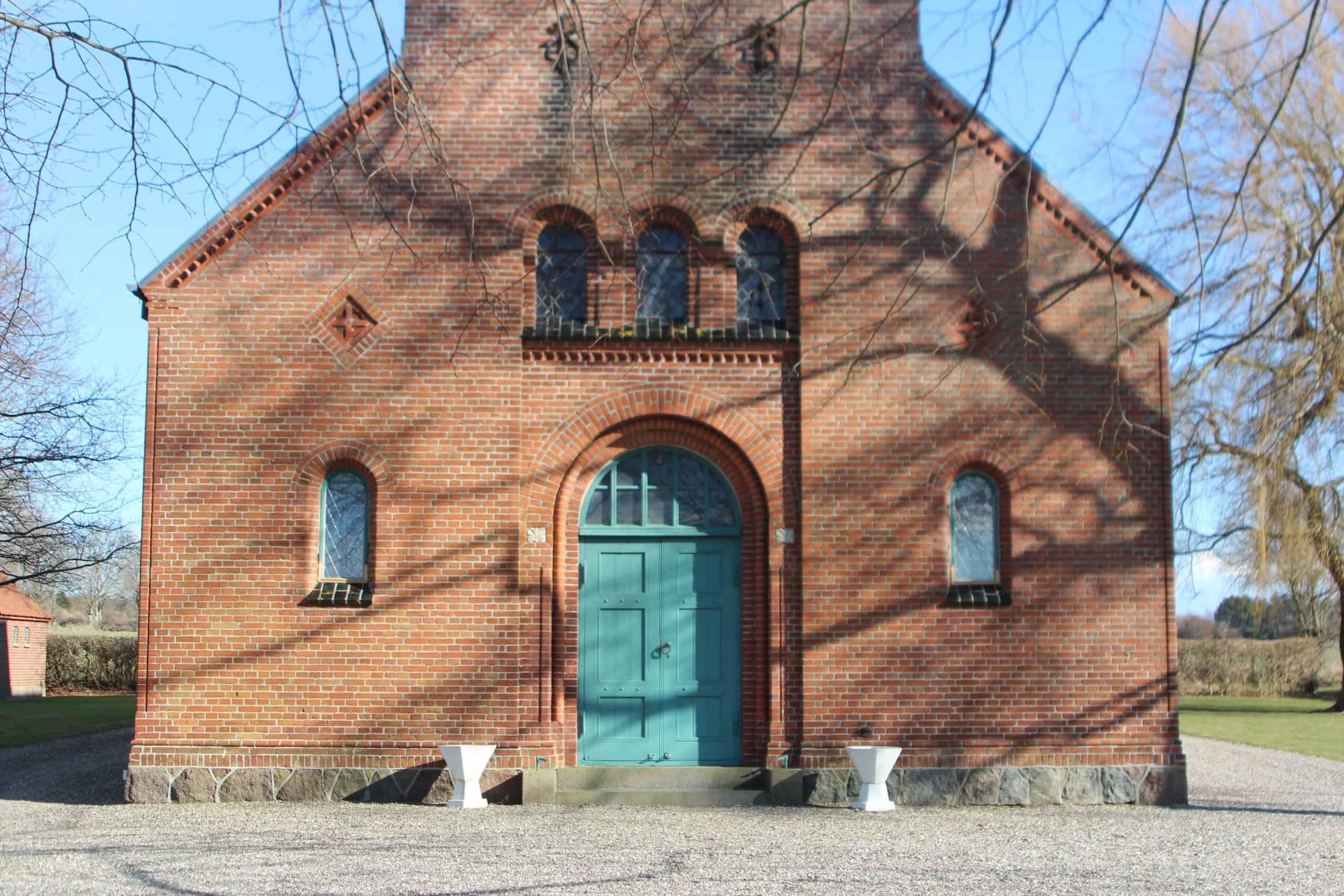 Ommel Kirke facadeindgang