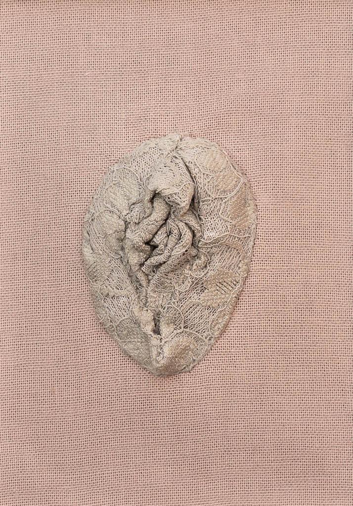 Nr. 1 Yoni Lace 12 x 17 cm, € 190,-