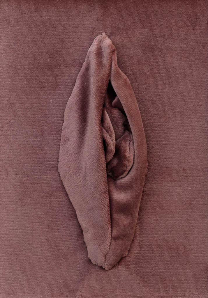 Nr. 3 Yoni Velvet 12 x 17 cm, € 190,-