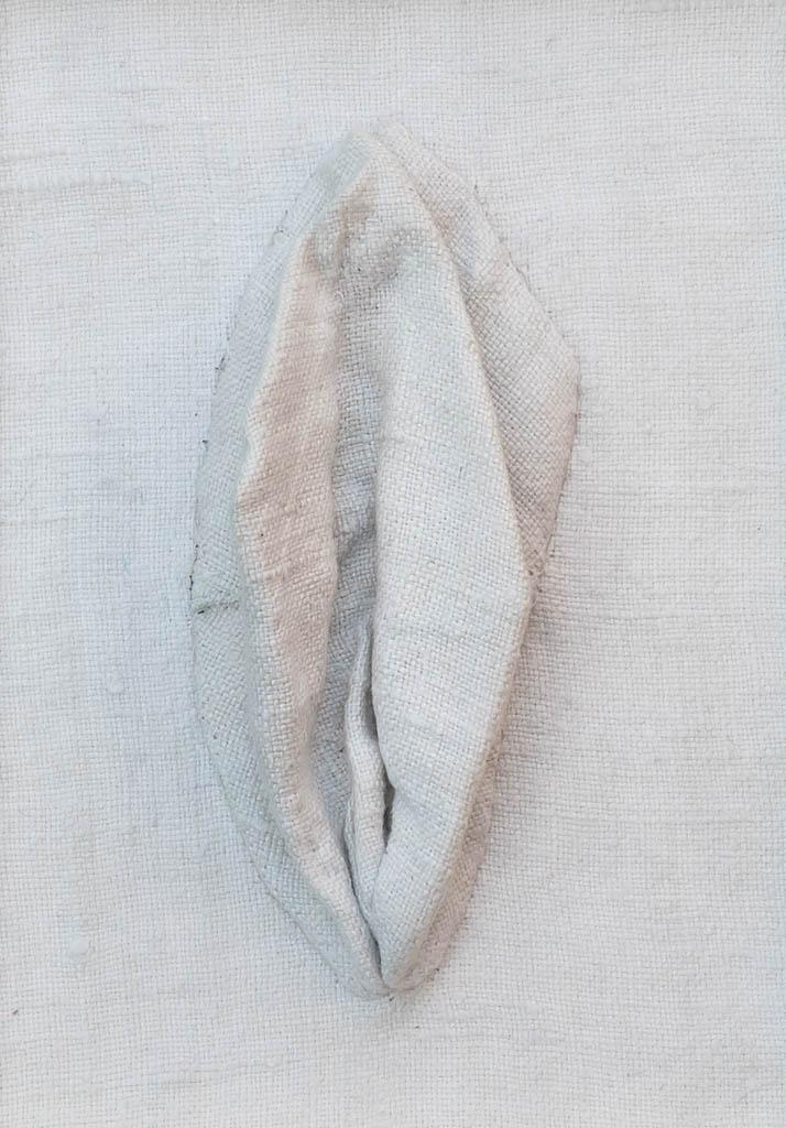 Nr. 3 Yoni Linen 12 x 17 cm, € 190,-