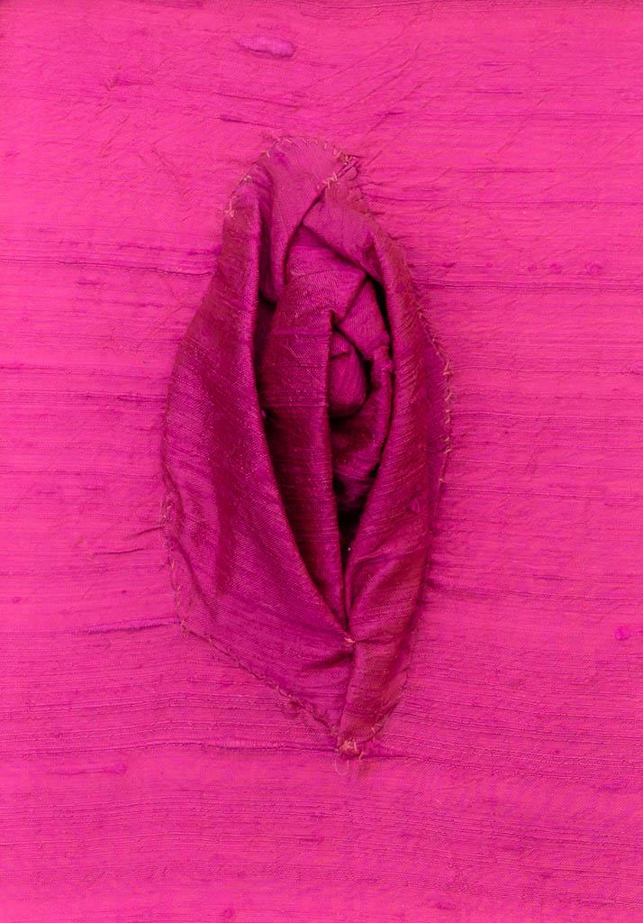 Nr. 4 Yoni Silk 12 x 17 cm, € 190,-