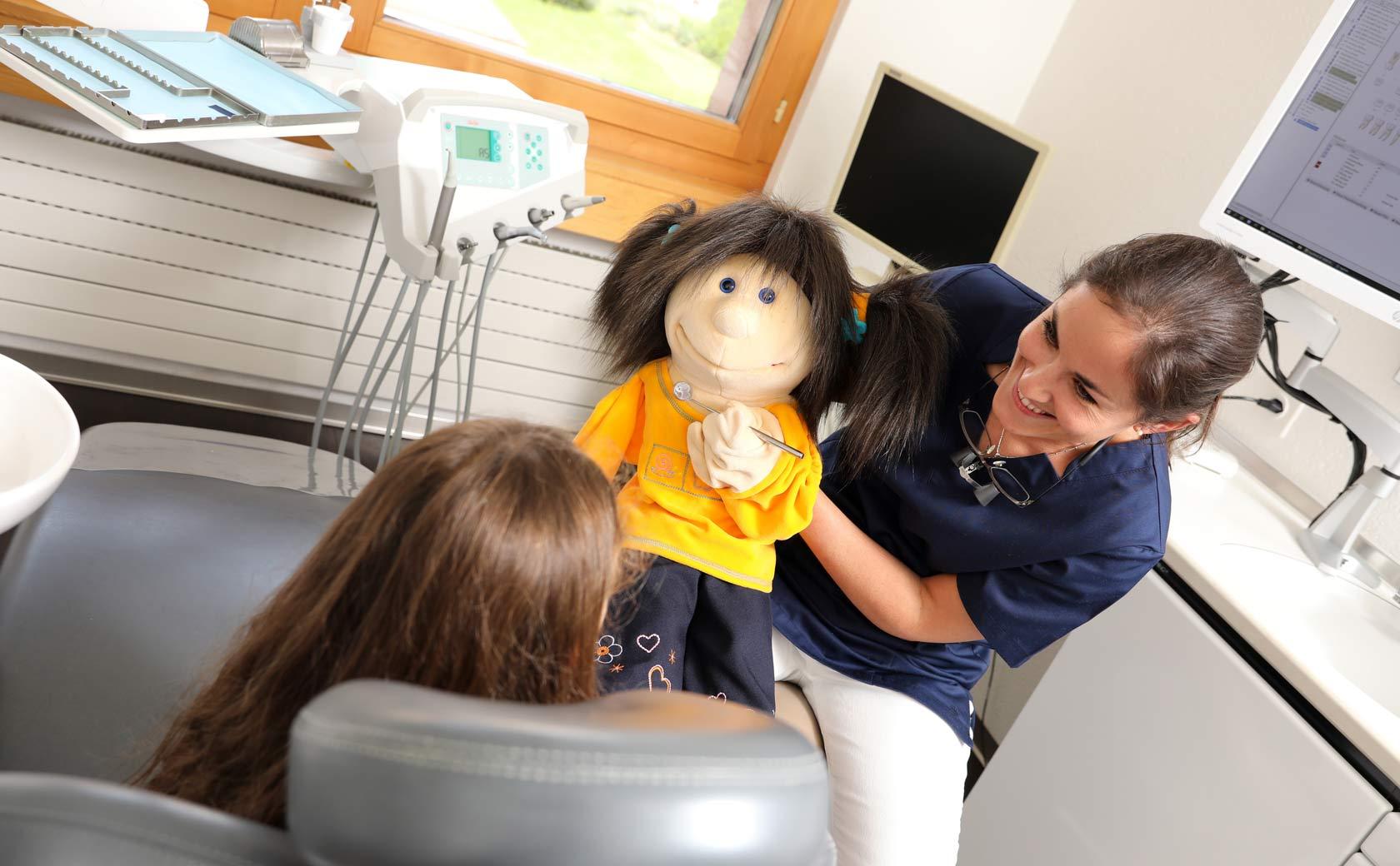 Kindergerechte Zahnarztbehandlung