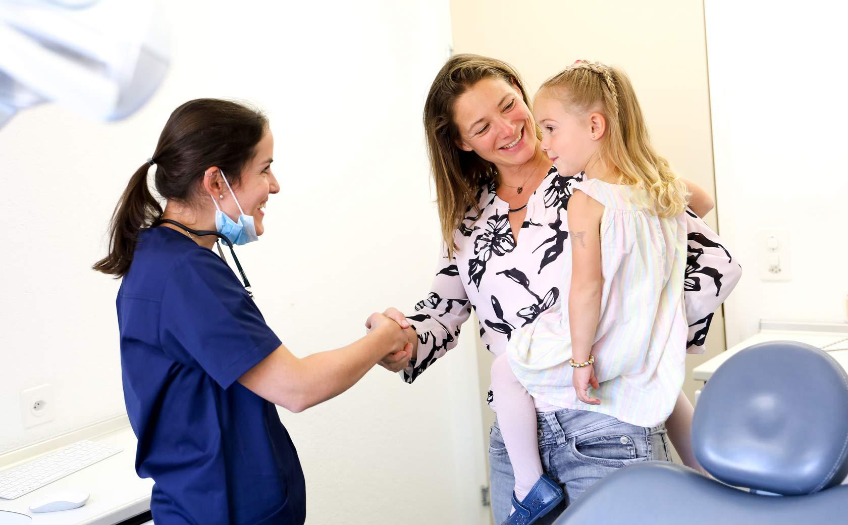 Besuch beim Kinderzahnarzt