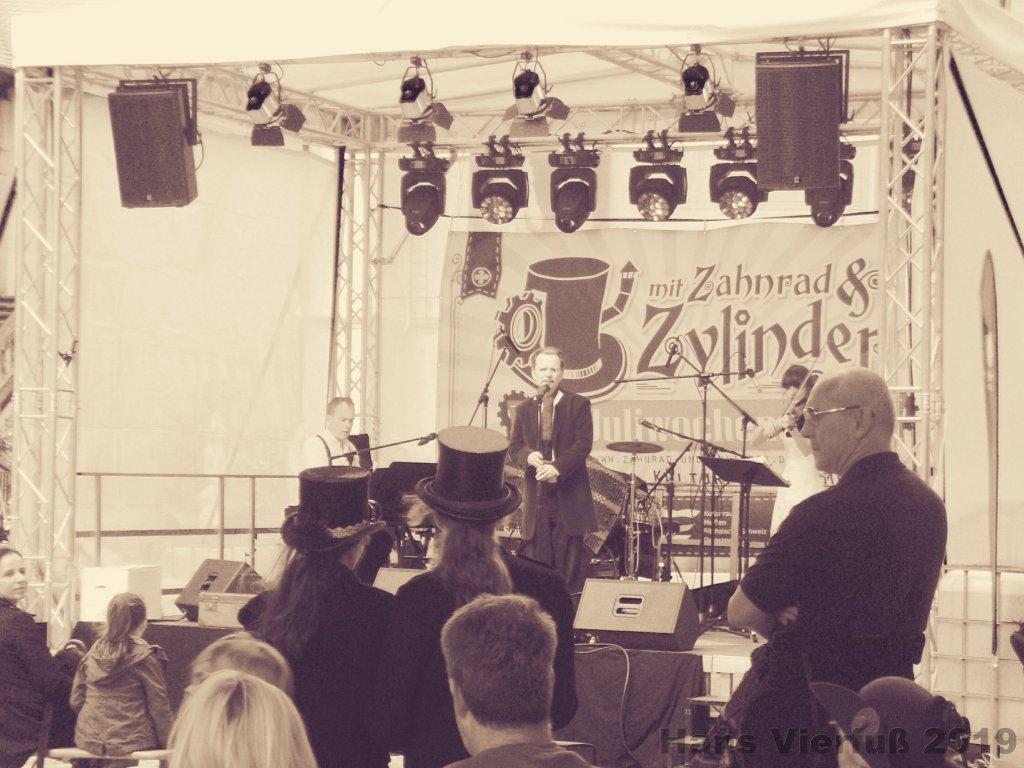2019-ZuZ III-Hans Vierfuß-3