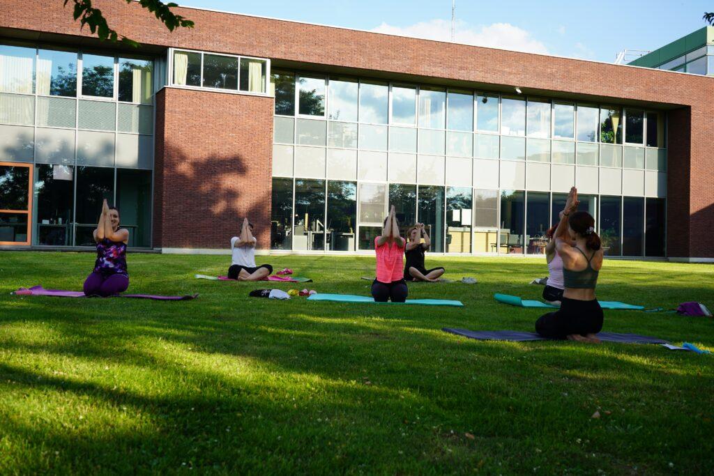 Outdoor POP Pilates lessen in Meise