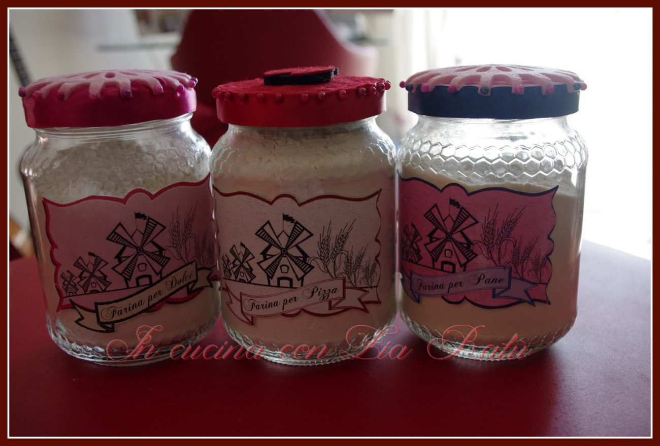 vasetti di vetro decorati