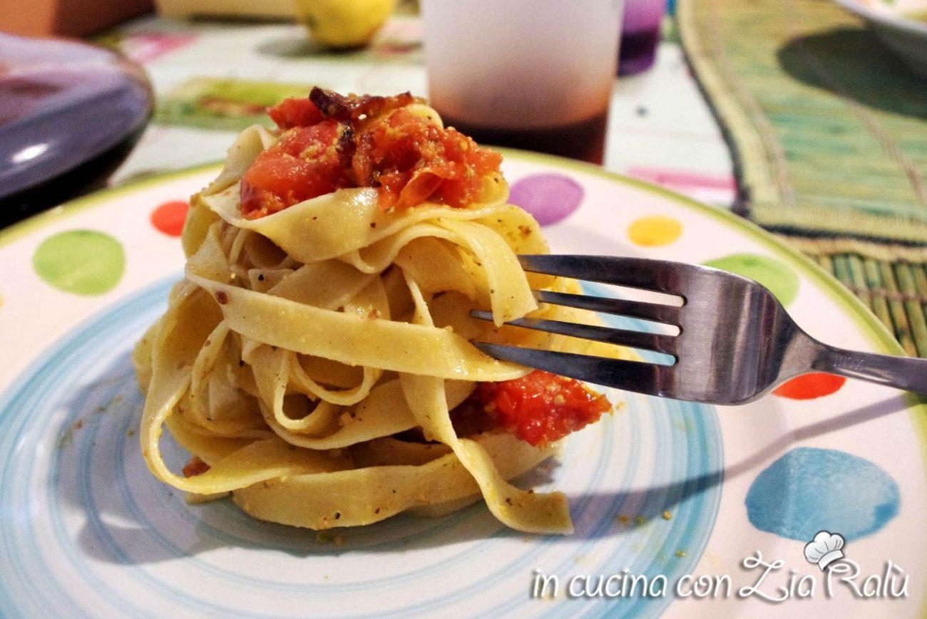 Fettuccine pesto di pistacchi,