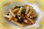 Pasta punte di asparagi e pomodoro